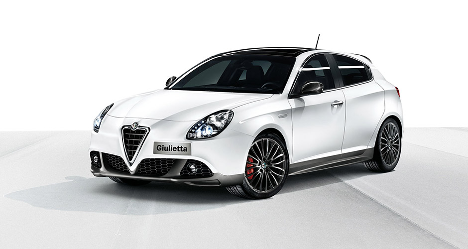 accessories merchandising alfa romeo giulietta. Black Bedroom Furniture Sets. Home Design Ideas